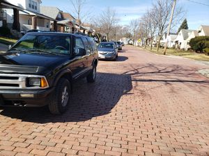 1995 Chevy blazer for Sale in Cleveland, OH