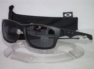 New Polarized Oakley Jupiter Squared With Original Packiging for Sale in La Puente, CA