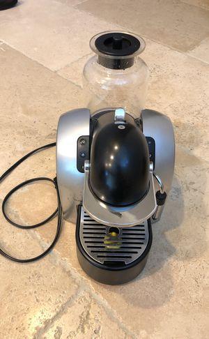 Nespresso Coffee / espresso maker D290 for Sale in Irvine, CA