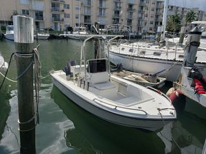 1999 Mako 17' with 2000 Yamaha 90 hp for Sale in Fort Lauderdale, FL