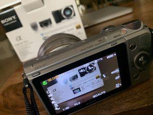 Sony NEX-5TL - 16.1MP APS-C Digital Camera for Sale in Tampa, FL