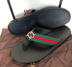 New gucci men sandal size 8 9b10 for Sale in Hollywood, FL