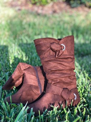 New beautiful kids boots for Sale in Tampa, FL