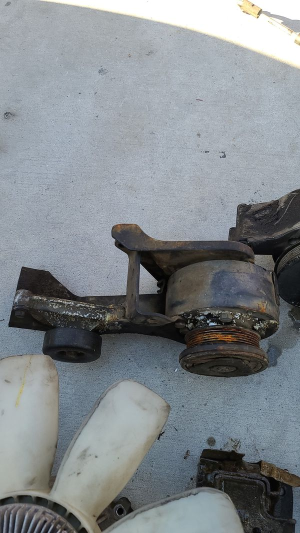 2004 gmc Sierra truck parts