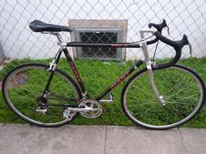 GIANT 990 C CADEX ROAD RACING BIKE for Sale in Los Angeles, CA