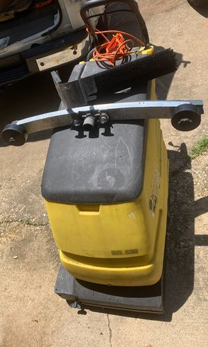 commercial floor scrubber for Sale in Waldorf, MD