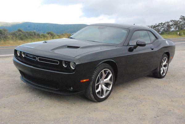 2015 Dodge Challenger v6