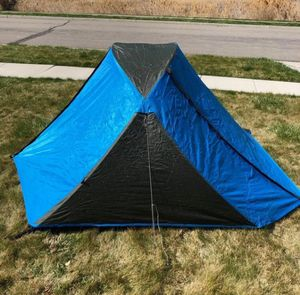 Columbia Mt. Logan backpacking tent. for Sale in Waterbury, CT