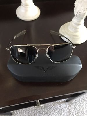 Vindicator men's sunglasses! for Sale in Carlsbad, CA