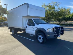 2005 Ford F -450 XLT 14 foot box truck for Sale in Fremont, CA