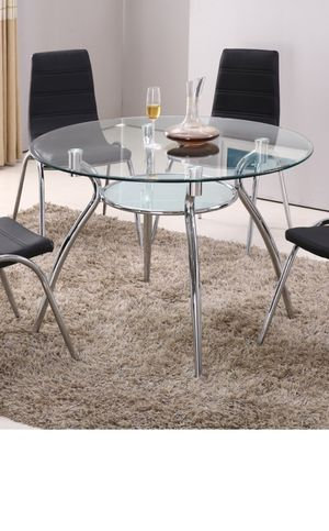 Beautiful dining table with 4 chairs new ( available in red) for Sale in Chicago, IL