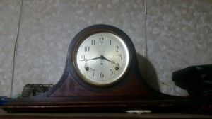 Antique clock built strong and works fine for Sale in Hiram, GA