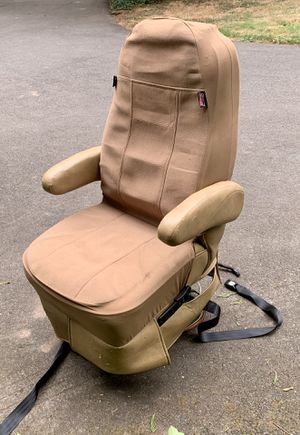 RV Motorhome Captains Chair power and swivle for Sale in Issaquah, WA