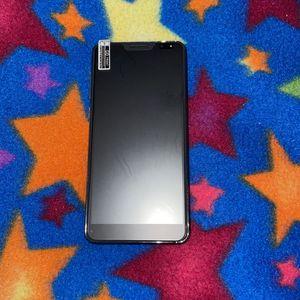 i Pro 12 Max SMART PHONE for Sale in Detroit, MI