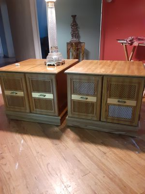 Two matching end tables great shape for Sale in Aurora, CO