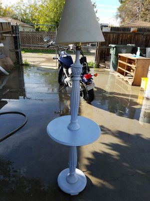 Antique lamp for Sale in Bakersfield, CA