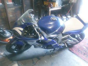 2000 r6 for Sale in Detroit, MI
