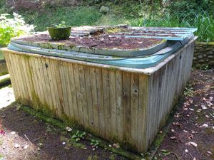Free Hot Tub for Sale in Roy, WA