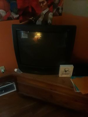 """Standard TV RCA27 """" works great w/remotr for Sale in Kingsport, TN"""