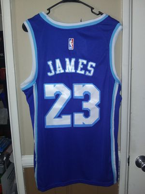 New!!! Mens Medium Lebron James Los Angeles Lakers Jersey New Stitched $45. Ships +$3. Pick up in West Covina for Sale in West Covina, CA