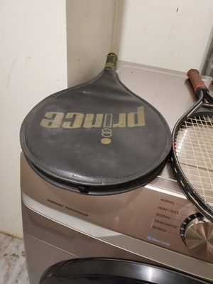 Tennis racket for Sale in New Fairfield, CT