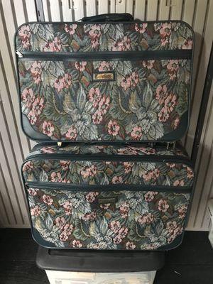 3 piece Vintage Gloria Vanderbilt luggage for Sale in Destin, FL