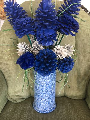 Blue & white Lupine floral arrangement for Sale in Alvarado, TX
