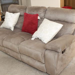 3 Piece Sofa Set Move Out Sae for Sale in Douglasville, GA