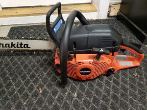 """Makita 6100p 61cc chainsaw with 20"""" bar for Sale in Washington, PA"""