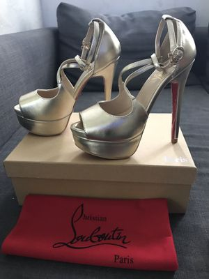 Christian Louboutin red bottoms high heels for Sale in Pembroke Pines, FL
