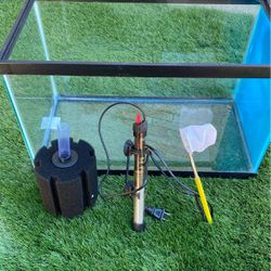 10 Gallons Fish tank With Heater Filter And Small Fish Net. for Sale in Concord,  CA