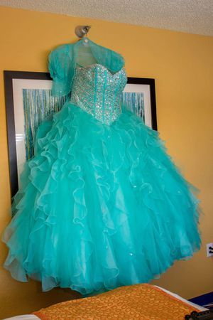 Prom dress, Wedding dress, Sweet sixteen dress, Quinceanera dress, home coming dress for Sale in Lockhart, FL