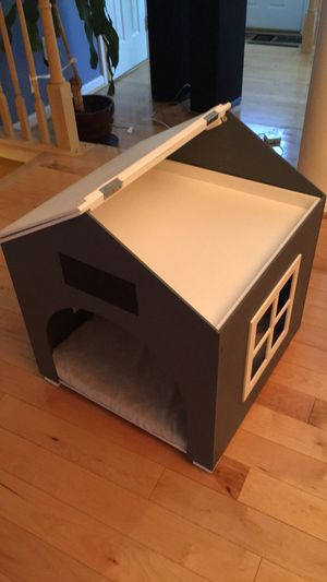 Upscale Dog house for Sale in Olney, MD