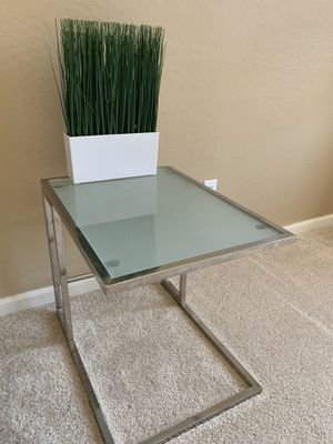 2 End Tables for Sale in Maricopa, AZ