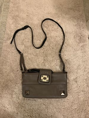 Guess Purse with long strap for Sale in Lincoln, NE