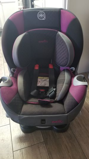 Evenflo Triumph Car Seat for Sale in Gilbert, AZ