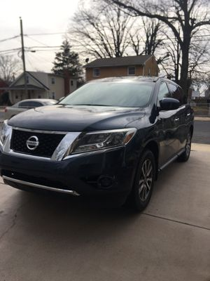 2013 Nissan Pathfinder 4x4 for Sale in Fort Washington, MD
