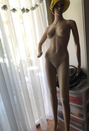 """Mannequin 5''6"""" for Sale in Santa Maria, CA"""