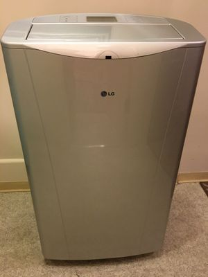 LG Portable Air Conditioner 14,000 BTU for Sale in San Diego, CA