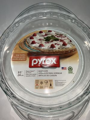 "Pyrex Bakeware 9.5"" for Sale in Freehold, NJ"