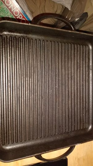 Cast Iron Griddle Pan for Sale in St. Petersburg, FL