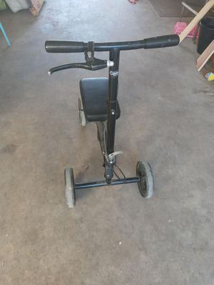 Knee scooter for Sale in Mesa, AZ