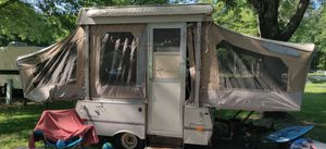1988 Coleman columbia pop up camper for Sale in Farmingdale, NY