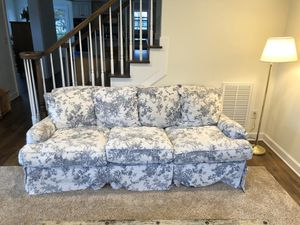 Floral couch for Sale in Preston, MD