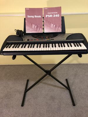 Yamaha PSR-240 for Sale in Bothell, WA