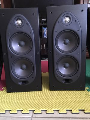 Polk Audio RT55 Bookshelf Loudspeakers for Sale in BRECKNRDG HLS, MO