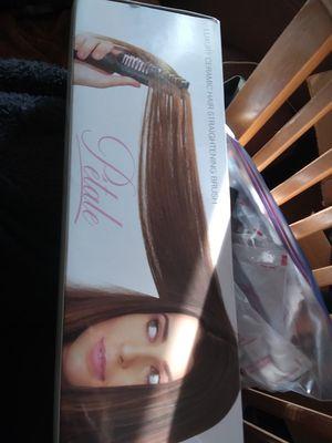 Petale hair straightener for Sale in Apple Valley, CA