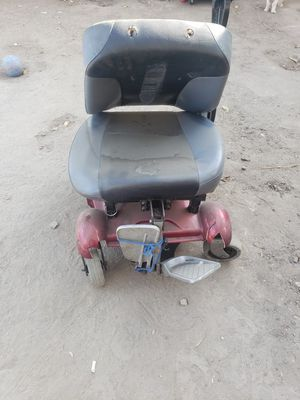 Electric chair for parts for Sale in Anaheim, CA