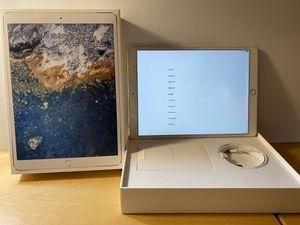 Apple iPad Pro 10.5 inch Wi-fi + Cellular for Sale in Seattle, WA