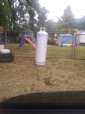 100lb propane tank for Sale in Portland, OR